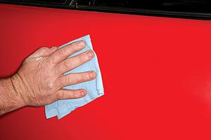 Odstránenie škrabanca - ručné leštenie